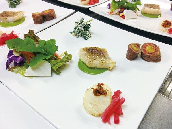 野菜中心のヨガリトリートディナー