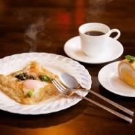 春山ランチ(そばガレットとデザート、コーヒー)